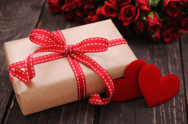 Gadget Gifts For Women In Valentine's Day