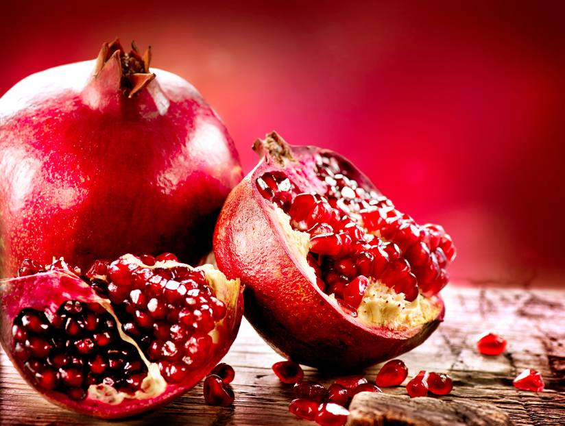 8 Reasons To Eat Pomegranates