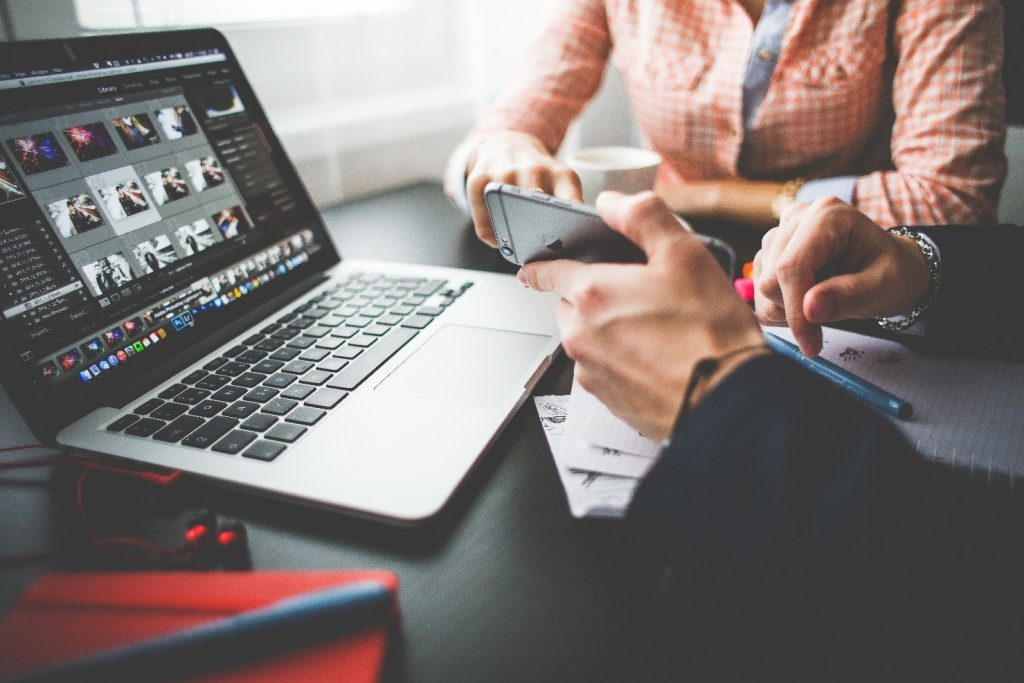 Simple Yet Effective Sales Collaboration Tools That Transform Your Business