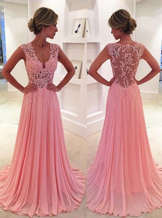 Pamper Yourself With A Well Tailored Prom Dress