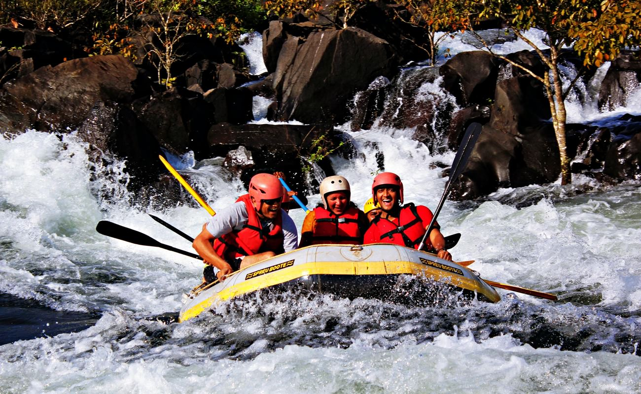 Experience A Whole New Level Of Adrenaline Rush with Dandeli Rafting Package