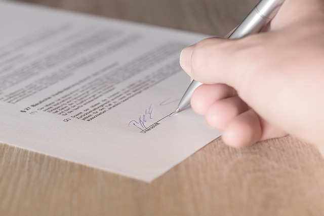 What Happens When The 'Fine Print' Is Deliberately Left Out Of A Contract?